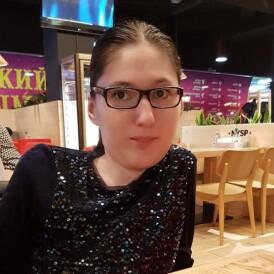 Диана Щур